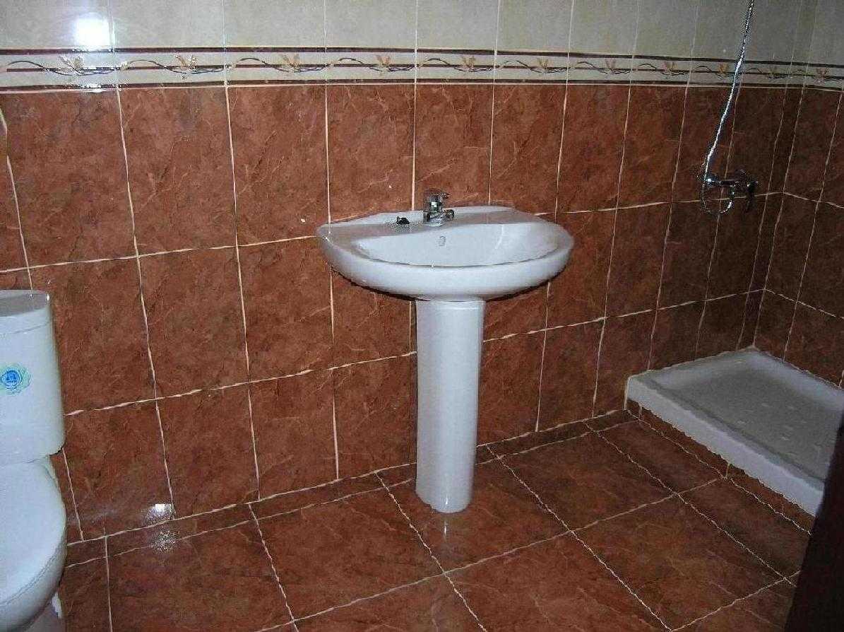 Alquiler piso en casco viejo bilbao 1300 130 m for Alquiler pisos en bilbao