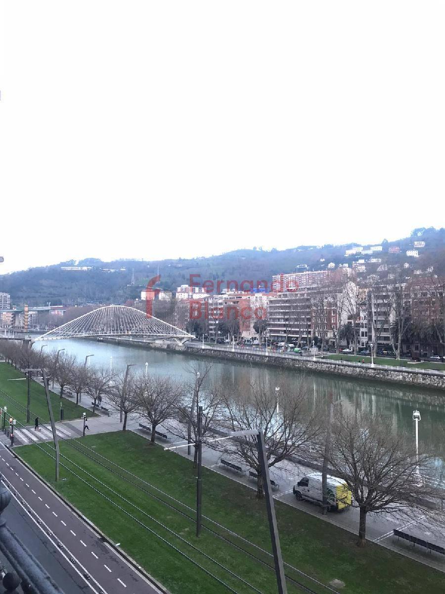 Piso en alquiler en Bilbao zona Abando