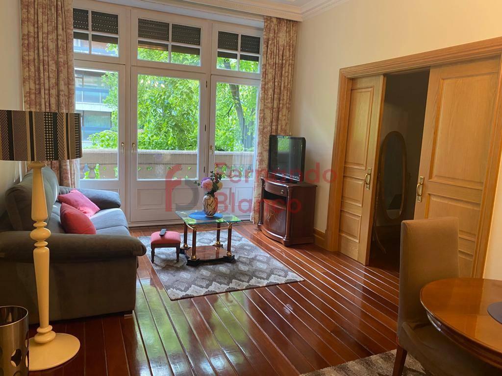 Flat for rent in Gran Via, Bilbao