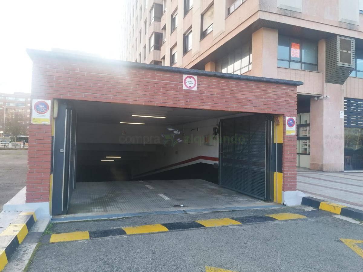 Garage for sale in Iturrama, Pamplona