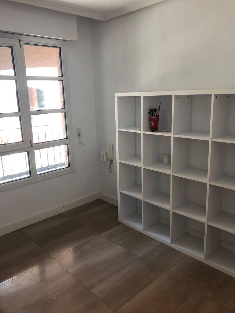 Alquiler oficina en ermitaga a mendebaldea pamplona for Oficinas bankia pamplona