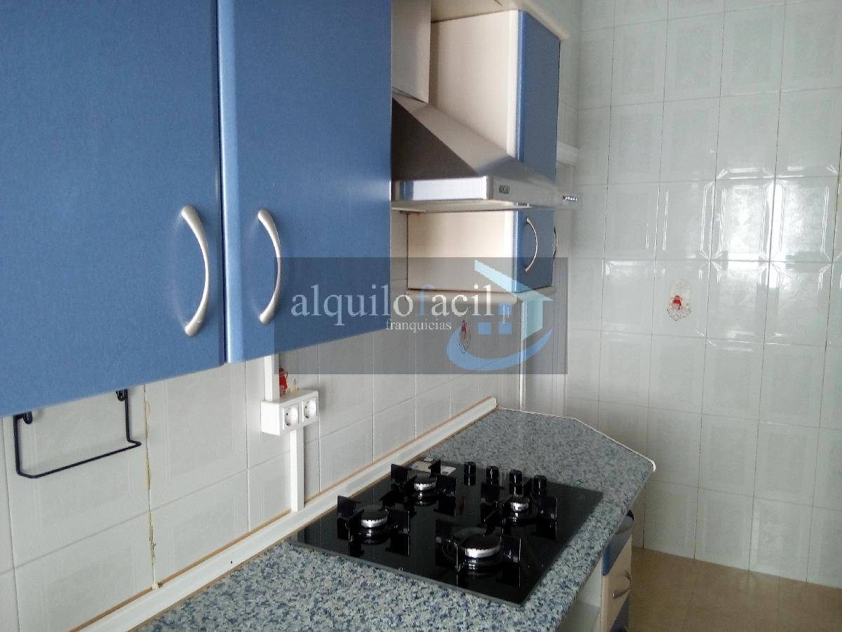 Penthouse for rent in Centro, Cadiz