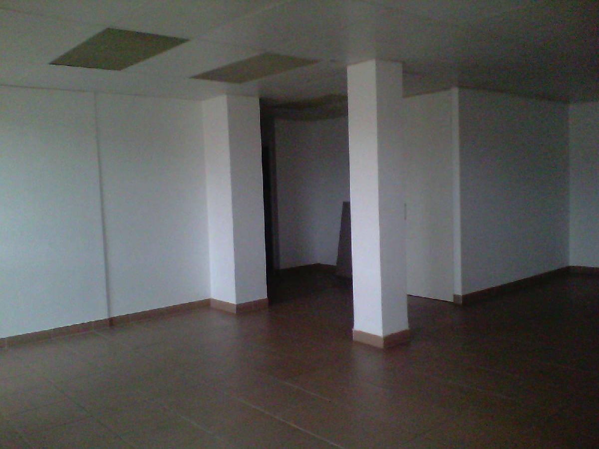 Alquiler oficina en centro figueres 400 75 m for Oficina de turisme figueres