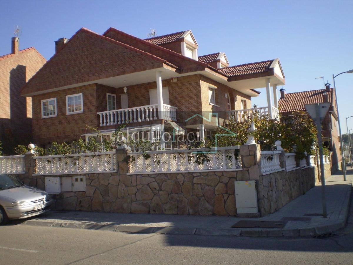 Chalet for sale in Leganes